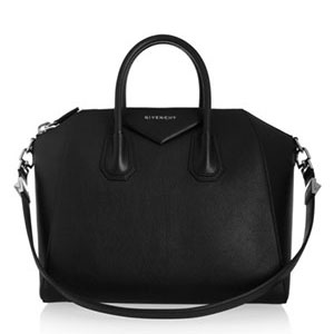 3af66b3279 Versace Bags - Up to 90% off at Tradesy